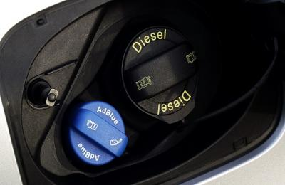 Looking for a solution to withdrawing Adblue from vehicles for servicing purposes?