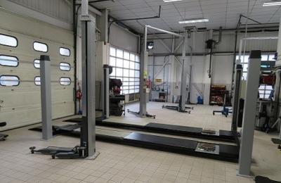 Lift Replacement - When & How Best to replace your vehicle lifts