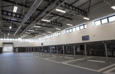 Mercedes-Benz Dartford   New Workshop Installation & Service