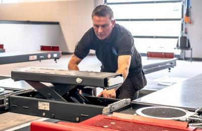 Garage Equipment Service Maintenance Contracts – Cost vs Benefits
